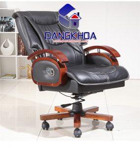 Chọn ghế giám đốc mang chất liệu, kích thước phù hợp